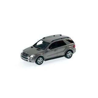 400034570 Minichamps 1:43 Mercedes Benz ML63 AMG 2006