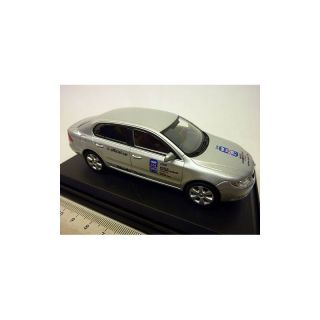 143ABX-010LAB ABREX 1:43 Skoda Superb Hockey 2008  Silver Brilliant met.